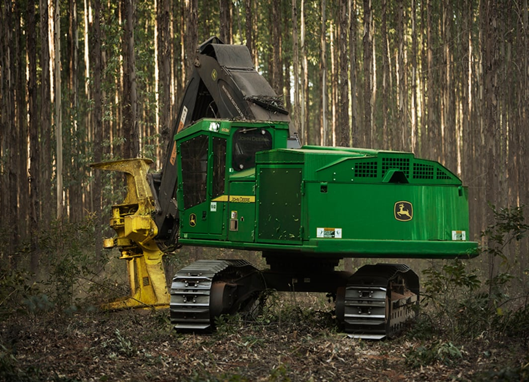 903M Tracked Feller Buncher working in the Forest